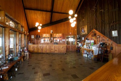 Tasting room - Photo by Bates Photography